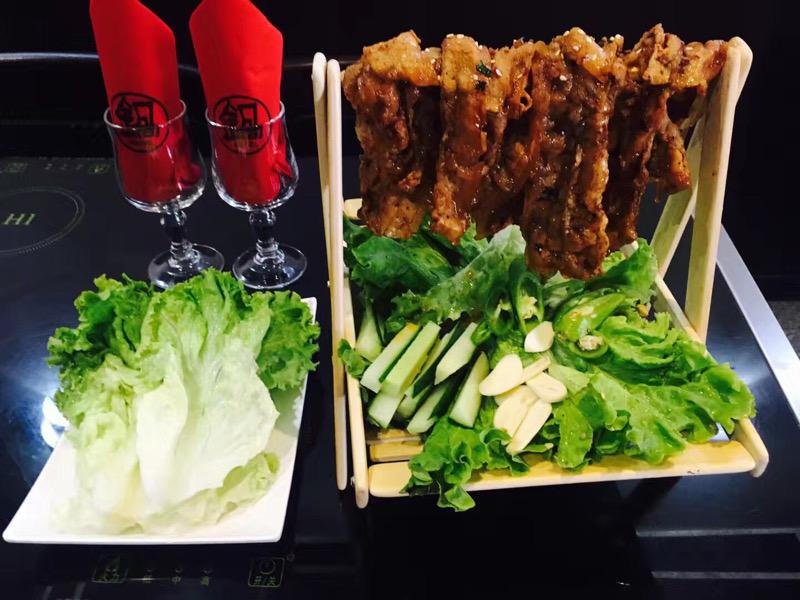 Chili pork slices 吊烧肉片