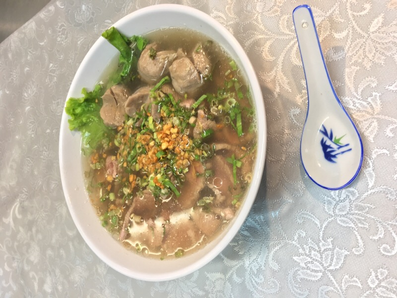 M1 Rice pasta with Beef Ball Soup
