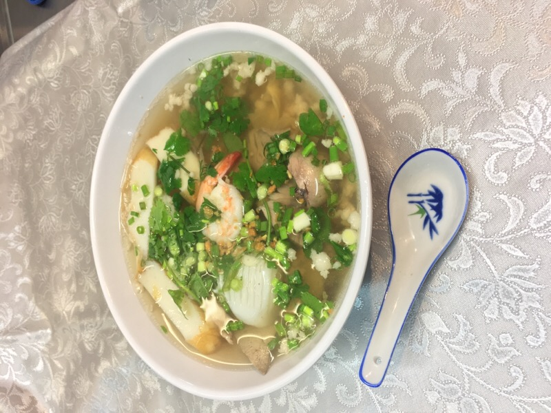 "M2 ""Phnom Penh"" Rice Pasta Soup"
