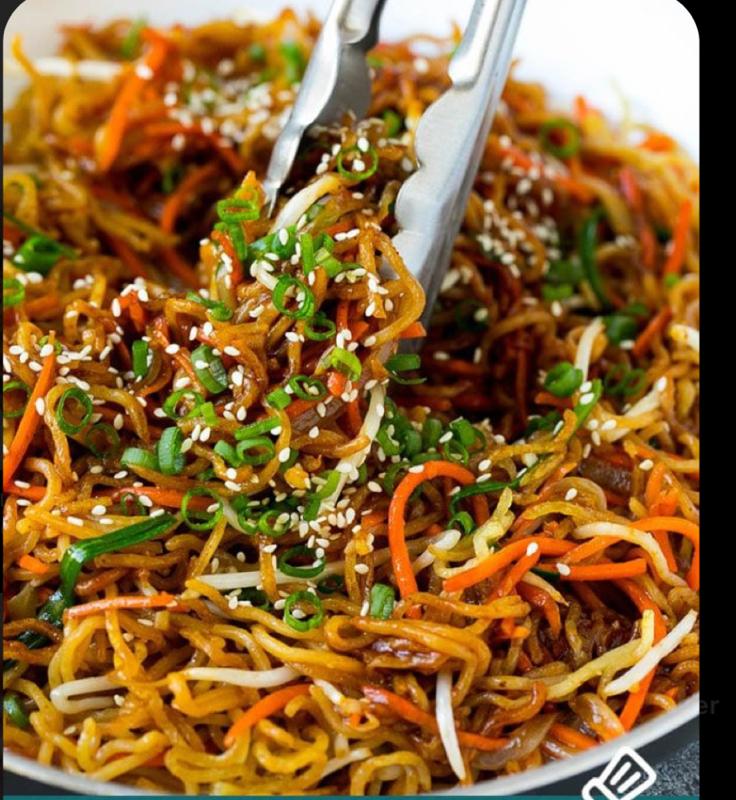 Spaghetti saltati con le verdure